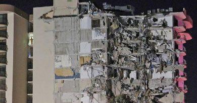 EEUU| Se derrumbó un edificio en pleno Miami (VIdeo)